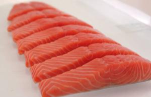 Tại sao cá hồi Nauy luôn thu hút được đông đảo khách hàng?