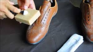 Cách bảo quản giày da nam mùa đông.
