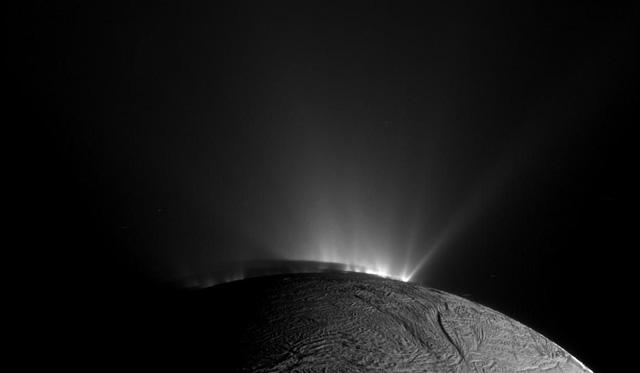 Tàu Cassini tự sát kết thúc hành trình vĩ đại 20 năm - Ảnh 7.