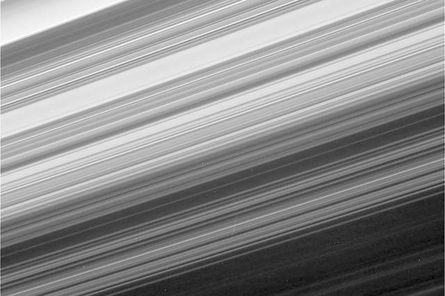 Tàu Cassini tự sát kết thúc hành trình vĩ đại 20 năm - Ảnh 4.